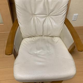 4つ椅子 360度好きな方向に回転可能