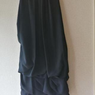 黒のドレス すそフワ★未使用品