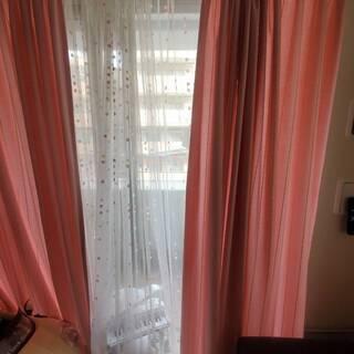 ピンクの可愛いカーテン♪