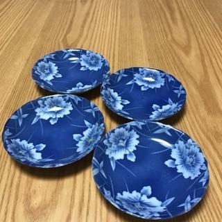 200、昭和レトロな青い小皿 4枚セットの画像