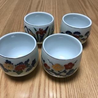 204、湯飲み茶わん(梅、松、菊、あやめ) 4個セット - 生活雑貨