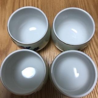 204、湯飲み茶わん(梅、松、菊、あやめ) 4個セット − 岡山県