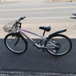 6段階変速ギア付き自転車✨スポーツタイプ✨24インチ 白色✨鍵あ...