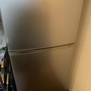 冷蔵庫、電子レンジ、掃除機、テレビなど