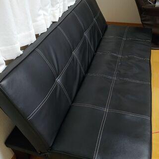 黒のソファーベッド