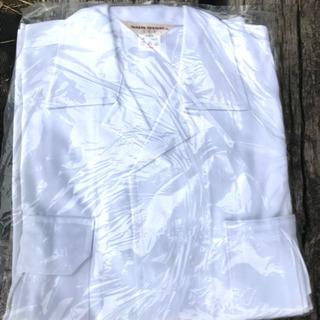 新品 白の作業服 たくさんあります(大幅値下げ)