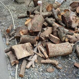 薪 売ります① 薪ストーブ 焚火 キャンプ