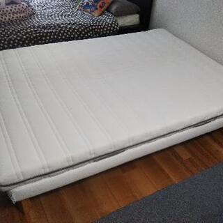 【ダブル】IKEA ベッド本体(EVANGER エヴァンゲル)、...
