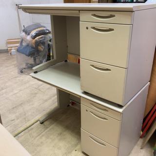 【取引中】コクヨKOKUYO スチール机 デスク オフィス用