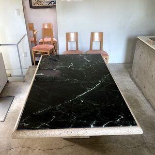 イタリア製の総大理石ダイニングテーブル+コンソールテーブル、ドイ...