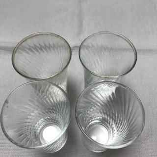 215、小さいガラスコップ4個セット、ビール用・食前酒用 - 生活雑貨
