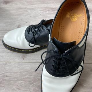 【足の成長期求む】Dr.Martens  モノクロ革靴