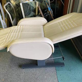 【ネット決済・配送可】イス(Beauty chair)