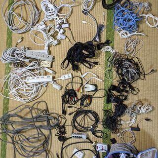 【★今月末閉店★】【iPhone系、HDMI、LAN、USB、ビデオ、延長コード、電源ケーブル、変換機、配線等多種多数】各種ケーブル系多数様々まとめて − 東京都