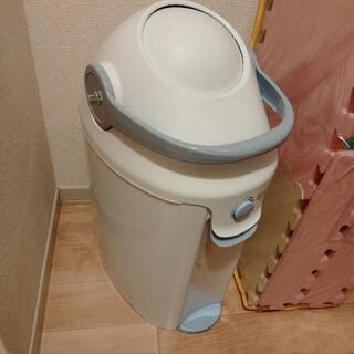 【譲渡先決定しました!】Pigeon オムツ用ゴミ箱 差し上げま...