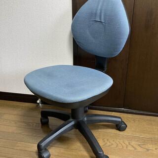 オフィス用 水色チェア 無料で差し上げます。