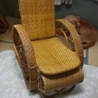 籐の椅子です