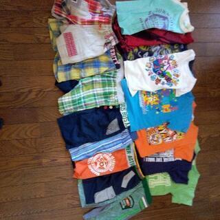 ネット決済ではありません。子ども男子Tシャツと半ズボン