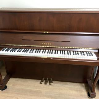 【6月特別セール】ヤマハ アップライトピアノ 木目デザインの猫脚...
