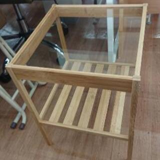 サイドテーブル IKEA イケア ネスナ ガラス天板 定価1999円