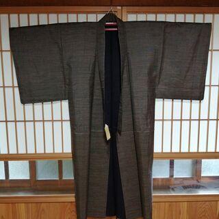 【美品】⑫大島紬の男性用着物(紺)・絹100%