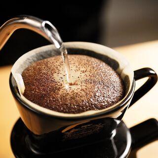 【開催直前!!】ドリップチャンピオンが教える 「ハンドドリップ&スイーツペアリング」コーヒーセミナー − 福岡県