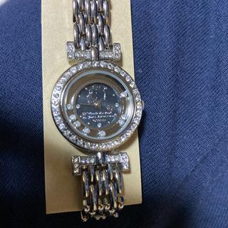 お値下げ!大特価!!ディズニー くまのプーさん スワロフスキー 腕時計