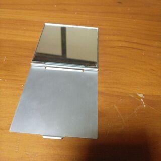 コンパクト折り畳み式鏡(中古)