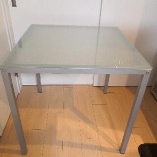 強化ガラス ダイニングテーブル Francfranc