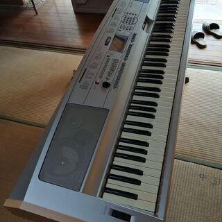 あげます ヤマハDGX-500 88鍵盤キーボード