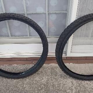 マウンテンバイクのタイヤ2本(チューブ付き)