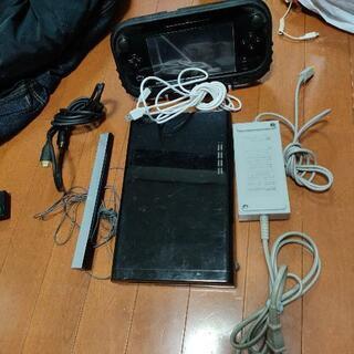 ニンテンドー任天堂 WiiU ウィーユー ソフト付き!