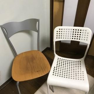 椅子 片方はIKEA サンテピア 周辺