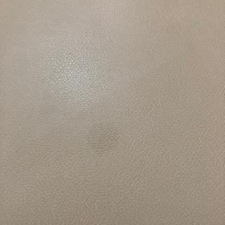 2人掛けクリーム色ソファー − 熊本県