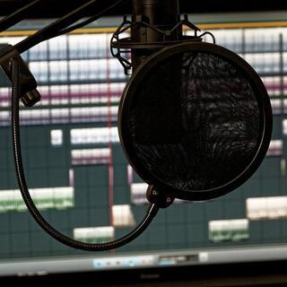 歌ってみた音源など、ボーカルMIX承ります  自身の技術向上のた...