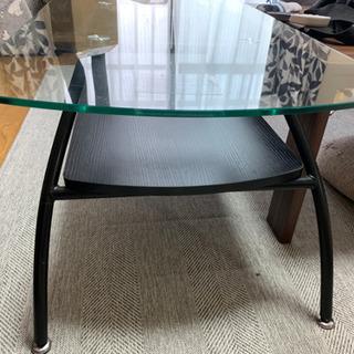 【ネット決済】【値下げしました】ガラステーブル