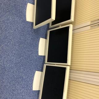 パソコンディスプレイとキーボードとマウス 中古 4台