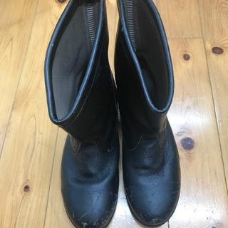 くつ 安全靴 作業用 ブーツの画像