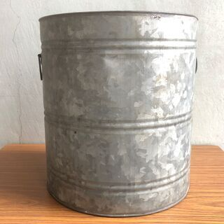ブリキ缶 レトロ