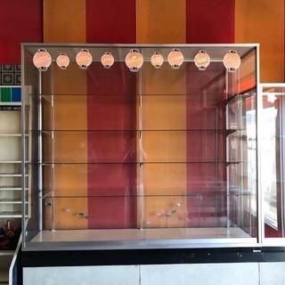 中古ガラスのショーケース 昭和レトロ