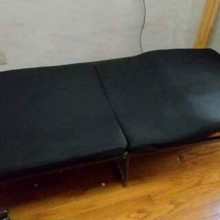 9月末廃棄 あげます 無料 折り畳み シングルベッド リク…
