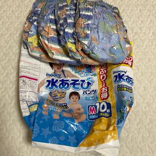 パンパースパンツタイプオムツL 2パック 水遊び用オムツM4枚 - 子供用品