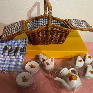 ドールハウス 陶器お皿、マグ、スプーン