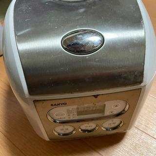 炊飯器 SANYOの画像