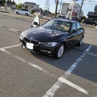 BMW 320i ラグジュアリー スタッドレスタイヤ付き