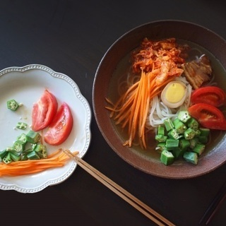 """寺本りえ子さんの """"発酵食のススメ"""" 〜夏に食べたい水キムチで冷麺を〜"""