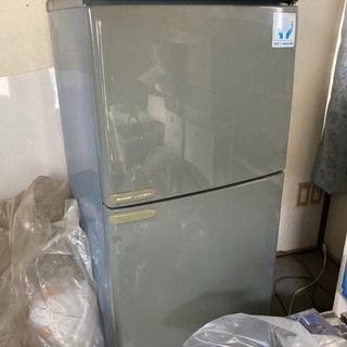 処分予定の冷蔵庫あげます(動作確認していません)