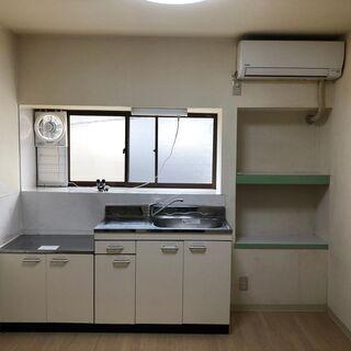 難波から14分 6個室+キッチン他一棟ワンフロア―貸し、専用出入...