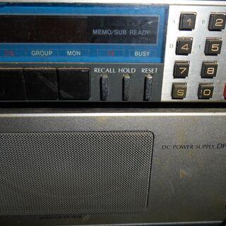 無線機と安定化電源セット全部で5個