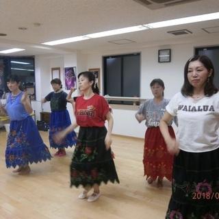 新宿曙橋 フラジャズクラス 生徒募集中!! フラダンスを歌謡曲や...